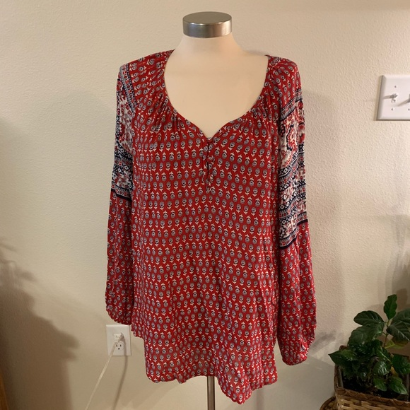 CB casual Tops - NWOT Red and blue blouse